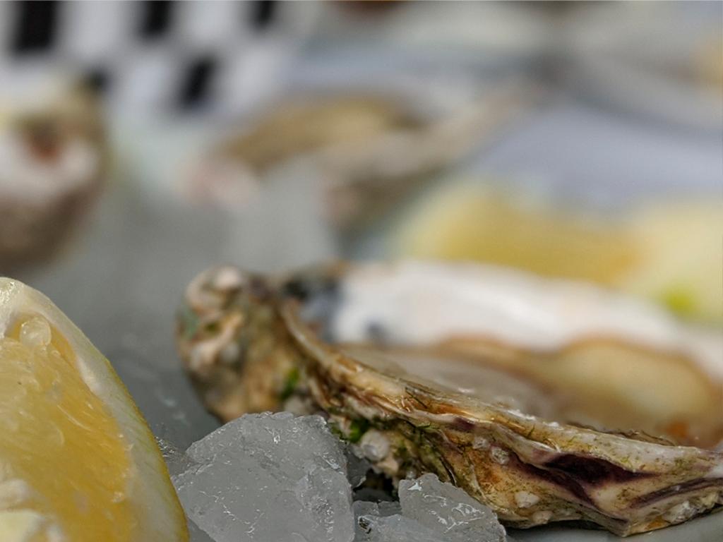 lolas restaurante platos ostras